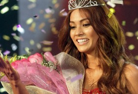 Miss Mundo 2012 Camila Recabarren Representa A Chile Ejutv