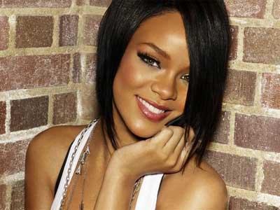 Rihanna dispuesta a buscar el amor en 2011