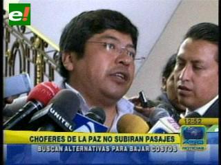 Choferes de El Alto y La Paz no subirán el pasaje del transporte público
