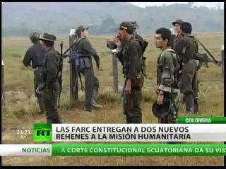 Las FARC libera a los rehenes Guillermo Solórzano y Salín San Miguel