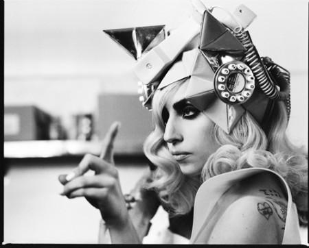 El look de Lady Gaga le pasa factura