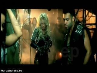 Britney Spears nos transporta al fin del mundo