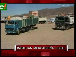 COA decomisa 20 camiones de ropa usada de contrabando en Oruro