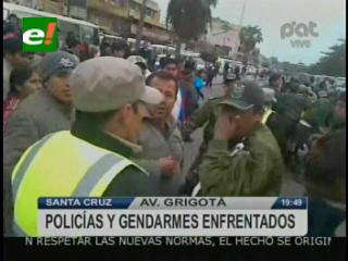 Santa Cruz: Policias y gendarmes se agarraron a golpes