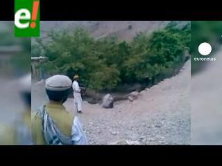 Supuestos talibanes ejecutan a una mujer y suben el video en Internet