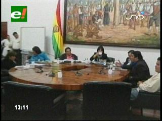 Crisis municipal: Cuatro concejales suplentes sacan a siete titulares