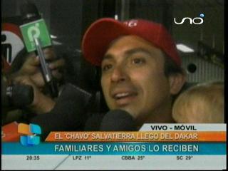 """Reciben como héroe a Juan Carlos """"Chavo"""" Salvatierra"""