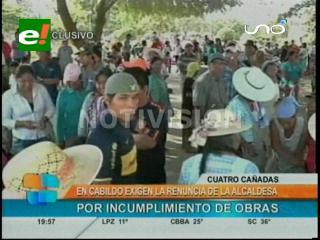 Cuatro Cañadas: En un cabildo sectores sociales pidieron la renuncia de su alcaldesa