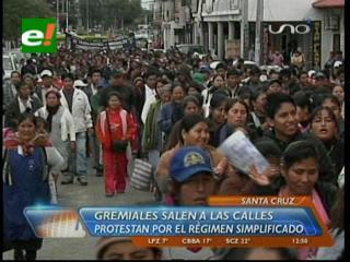 Gremialistas marchan y bloquean para modificar el RST