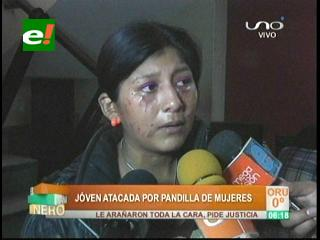 Joven es atacada por una pandilla de mujeres