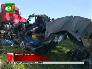 Dos personas mueren en accidente en la carretera Santa Cruz-Camiri