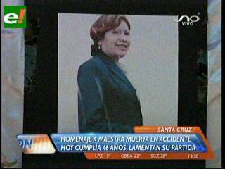 Santa Cruz: Rinden homenaje a maestra fallecida en accidente aéreo de Riberalta