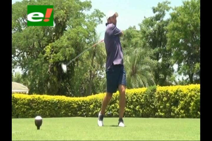 "Récord de participantes en el Torneo de Golf ""Pauker-Adidas"""