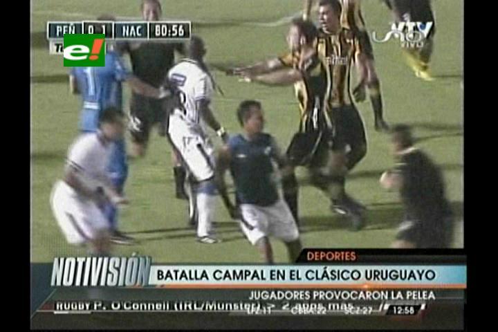 Pelea campal en el superclásico de verano del fútbol uruguayo