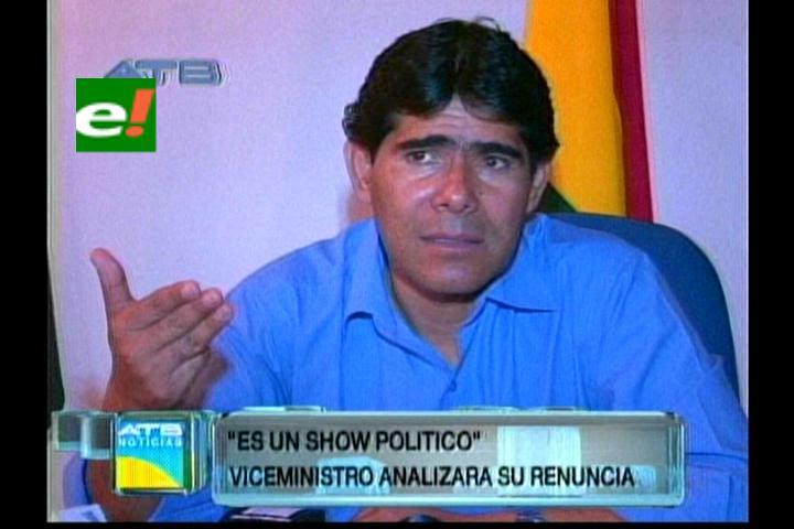 Viceministro Pérez analizará presentar su renuncia