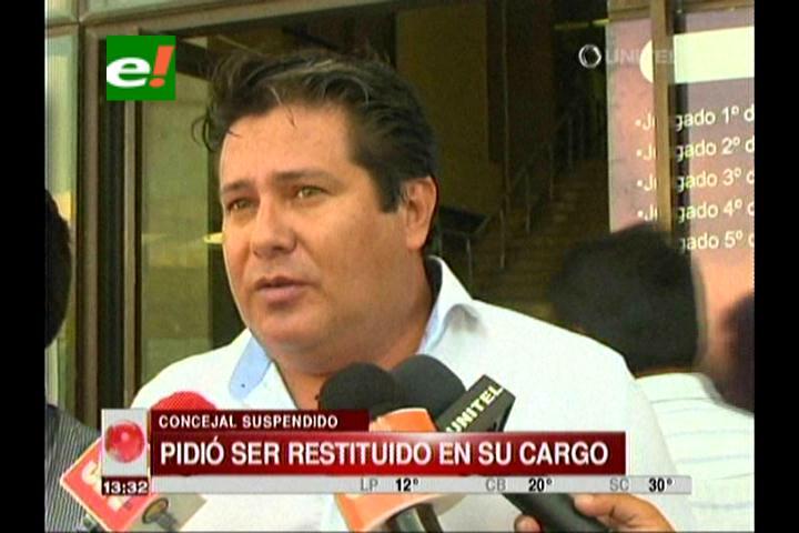 Oscar Vargas exige cumplimiento del fallo del TC que establece su restitución como concejal