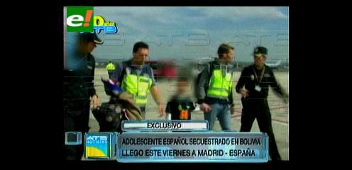 Llegó a España uno de los dos niños españoles secuestrados en Bolivia