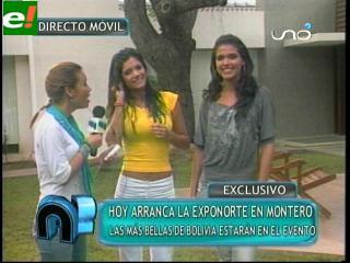 Karen Salazar y Johana Vaca azafatas en la Exponorte 2011
