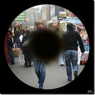 La degeneración macular está relacionada con la edad y puede ser hereditaria.