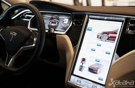 Tesla Model S prueba en Ibiza interior