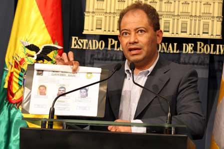Romero-advierte-que-no-permitiran-que-la-coca-se-desvie-al-narcotrafico