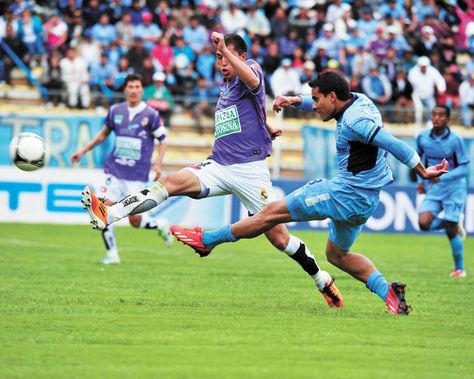 Empate. El domingo pasado, uno de los resultados sorpresivos fue el empate de Bolívar como local ante Real  Potosí. El 1-1 le quitó   al conjunto celeste     dos puntos valiosos.
