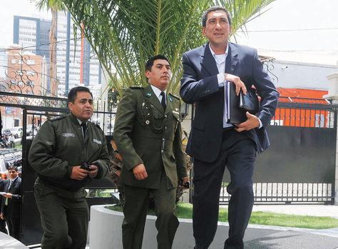 Autoridad. Tito Montaño, ministro de Deportes, en el día de su posesión.