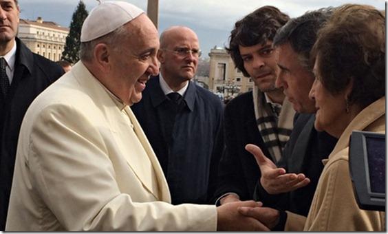 Pope-Francis-meets-Philom