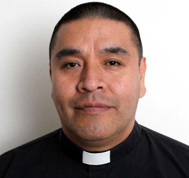 El-padre-Waldo-Barrionuevo-es-nuevo-Obispo-en-Bolivia
