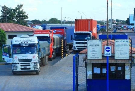 ABC-logra-acuerdo-con-el-transporte-pesado-de-Santa-Cruz-