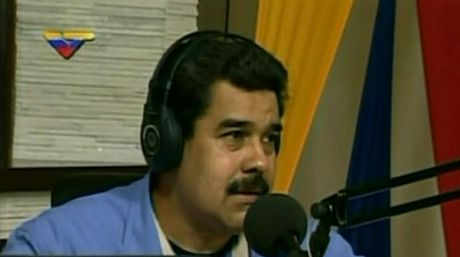 Presidente Maduro da inicio a nuevo programa radial / VTV