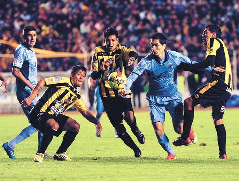 Empate. La última vez que jugaron The Strongest y Bolívar empataron a tres goles. Fue el pasado 7 de febrero.