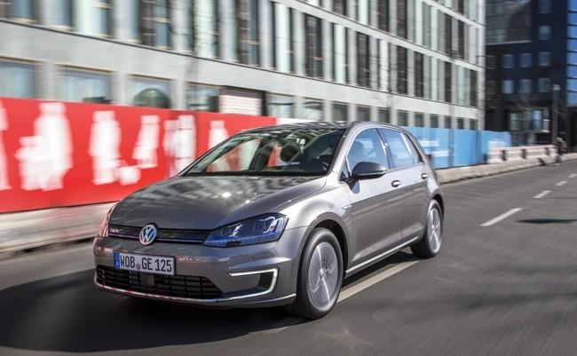 Volkswagen e-Golf gris