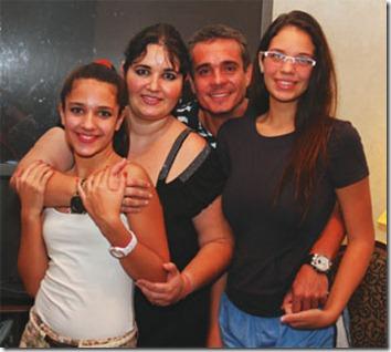 Aitana Tufiño, Natalia Cronenbold, Rubén Tufiño y Taliana Tufiño disfrutaron tres partidos mundialistas