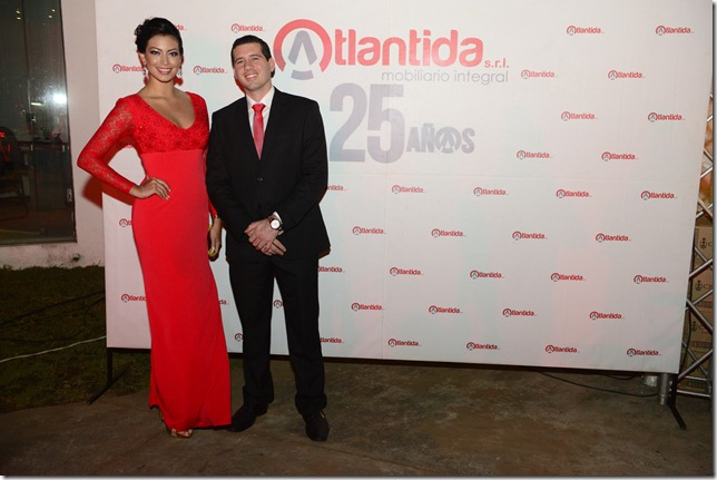Alexia Viruez y José Ernesto Soljancic, Gerente Gral.