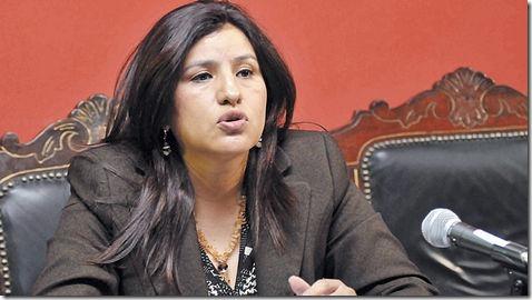 Rebeca-Delgado-Burgoa_LRZIMA20120908_0026_3