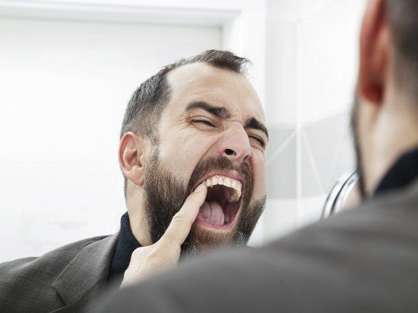 ¿El estrés daña las encías? Conoce 5 terribles efectos