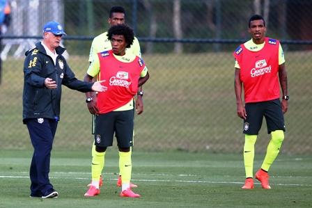 Bernard-o-Willian-por-Neymar