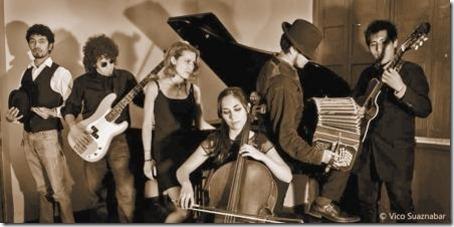 El repertorio del grupo se compone de piezas de hoy a ayer.