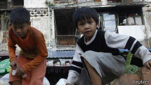 Niños pobres en Camboya.