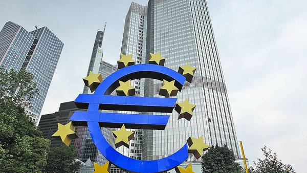 """En apuros. En el Banco Central Europeo creen que se deben tomar más medidas de """"ajuste"""" en la región. /AFP"""