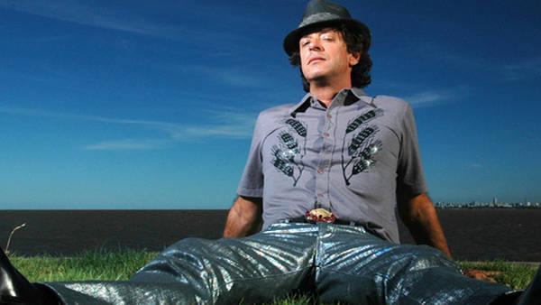 Gustavo Cerati en una producción especial para la revista VIVA en 2007. (Ariel Grinberg)