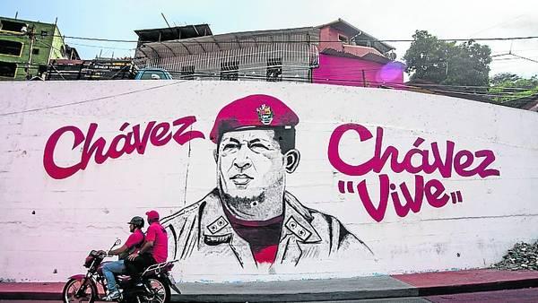 Recuerdo. La imagen de Chávez, presente en una Venezuela en crisis./EFE
