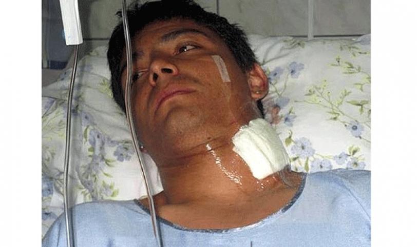 Héctor Gaitán cuando jugaba en Perú tuvo un problema con hinchas y fue hospitalizado luego de peleas.