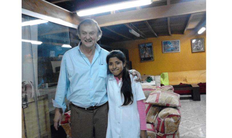 El actor y una de las alumnas que realizó la 'entrevista que siempre soñé'.