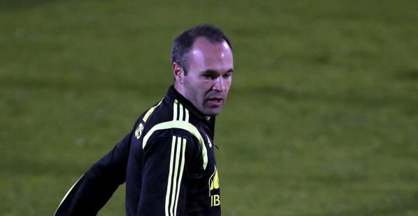 Andrés Iniesta durante una sesión de entrenamiento en Soccer City en Las Rozas