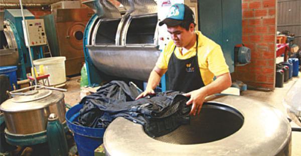 Este 1 de mayo se celebra en Bolivia el Día del Trabajo, declarado feriado nacional sin actividades laborales