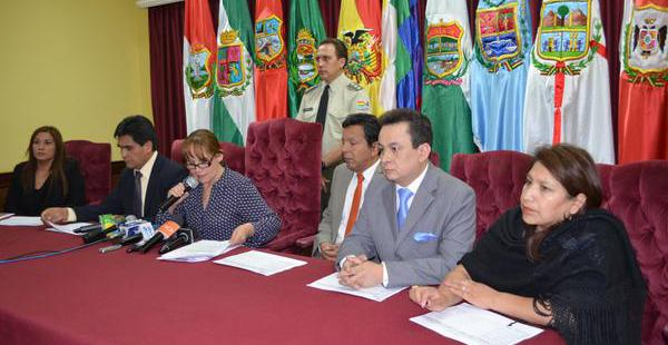 Wilma Velasco informó que los candidatos podrán inscribirse entre el 23 y 29 de diciembre.