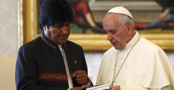 En la última visita de Morales al Vaticano le regaló un presente al pontífice argentino