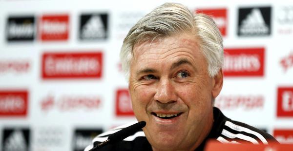 Carlo Ancelotti es un técnico italiano que dirige al Real Madrid desde 2013